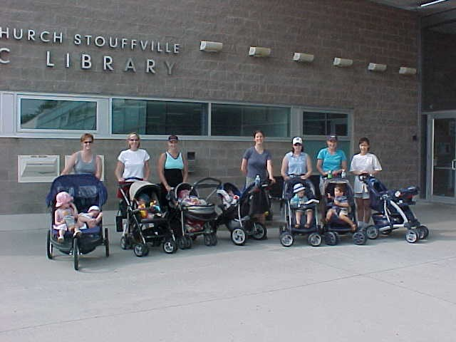 Stroller Fitness Class in front of the leisure centre